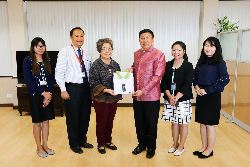 Foundation meeting with Khon Kaen Governor Mr. Somsak Jungtraku
